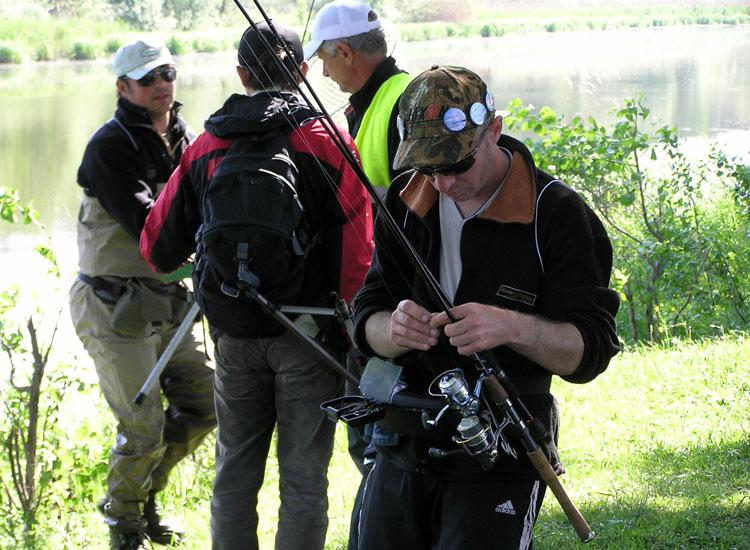 http://fishing.vn.ua/karp/foto/2011/chu2011b/su7.jpg